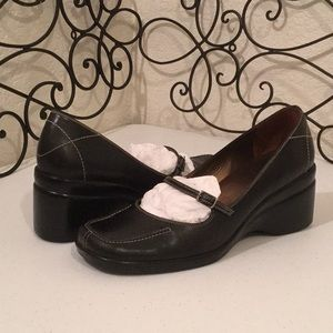 ROCKPORT Leather Mary Janes